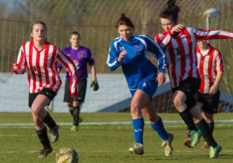 Liv Shaw of Bracknell Town Ladies.