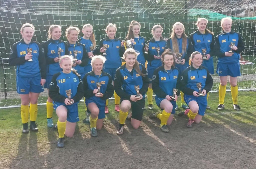 Ascot United girls under 16s