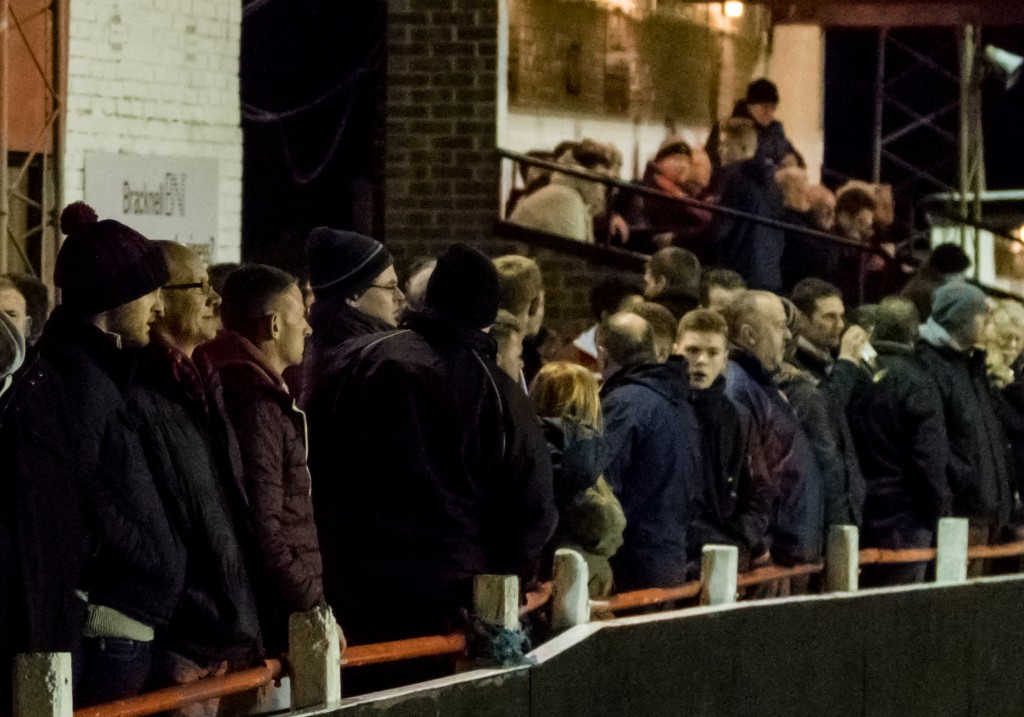 Crowd watching at Larges Lane, Bracknell. Photo: Neil Graham.