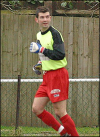 Stuart Hammonds in goal for Bracknell. Photo: Richard Claypole.