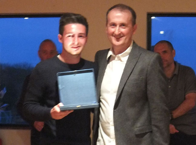 Binfield FC supporters player of the year Alex Luis. Photo: Colin Byers.