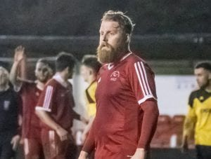 Callum Whitty playing for Bracknell Town. Photo: Neil Graham.