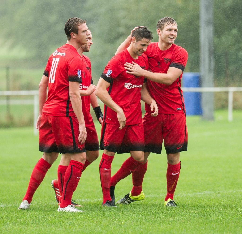 Buckingham Athletic vs Binfield FC in the FA Vase. Photo: Colin Byers.