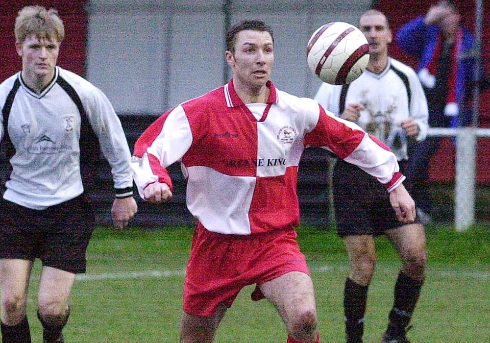 Jon Palmer playing for Bracknell Town.