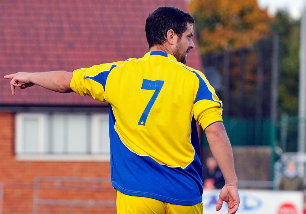 Ascot United's Jeff Lamb. Photo: Mark Pugh.