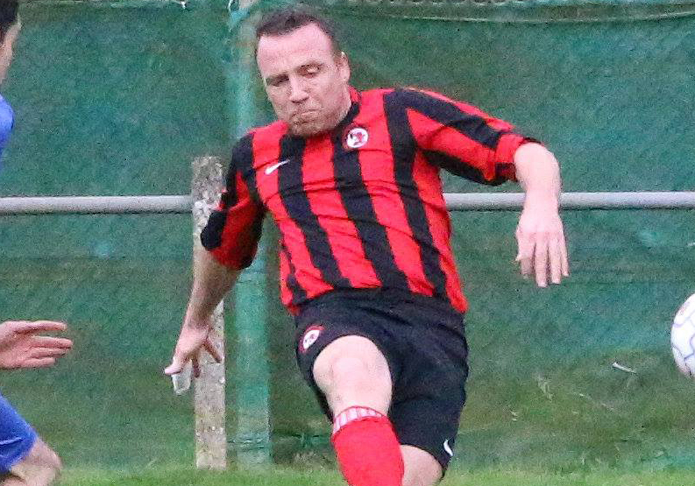Sandhurst Town's Richard Hughes. Photo: Simon Bryce.