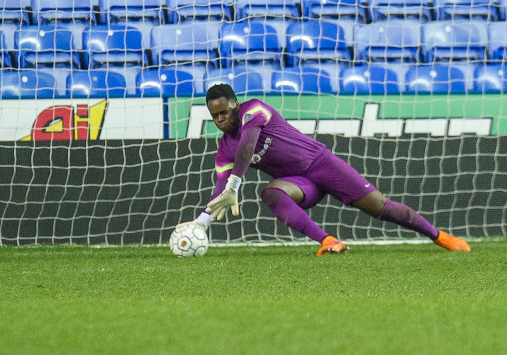 Binfield goalkeeper Mo Nyamunga in the Reading Senior Cup Final. Photo: Colin Byers.