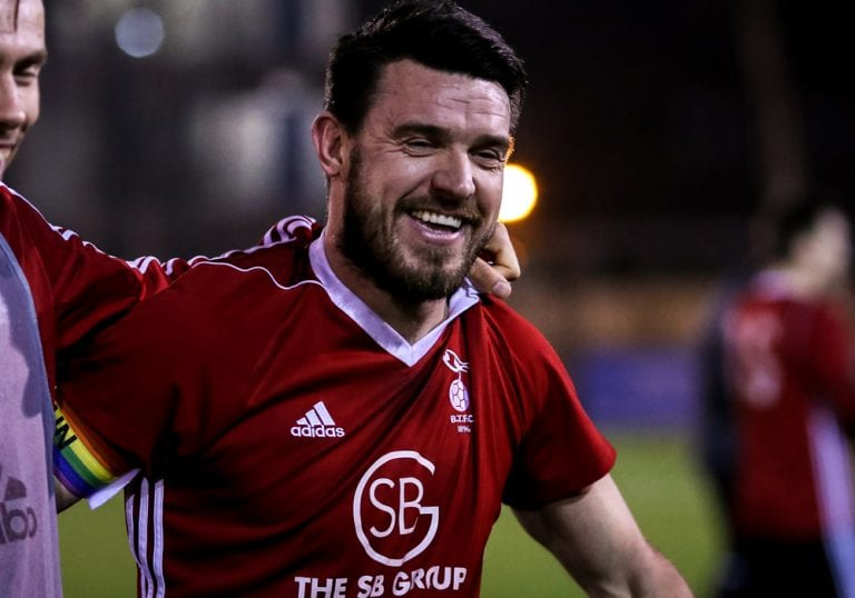 Bracknell Town captain Carl Davies. Photo: Neil Graham.