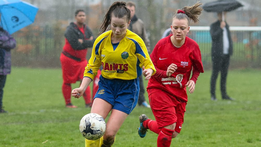 Binfield Ladies vs Ascot United Ladies. Photo: Neil Graham.