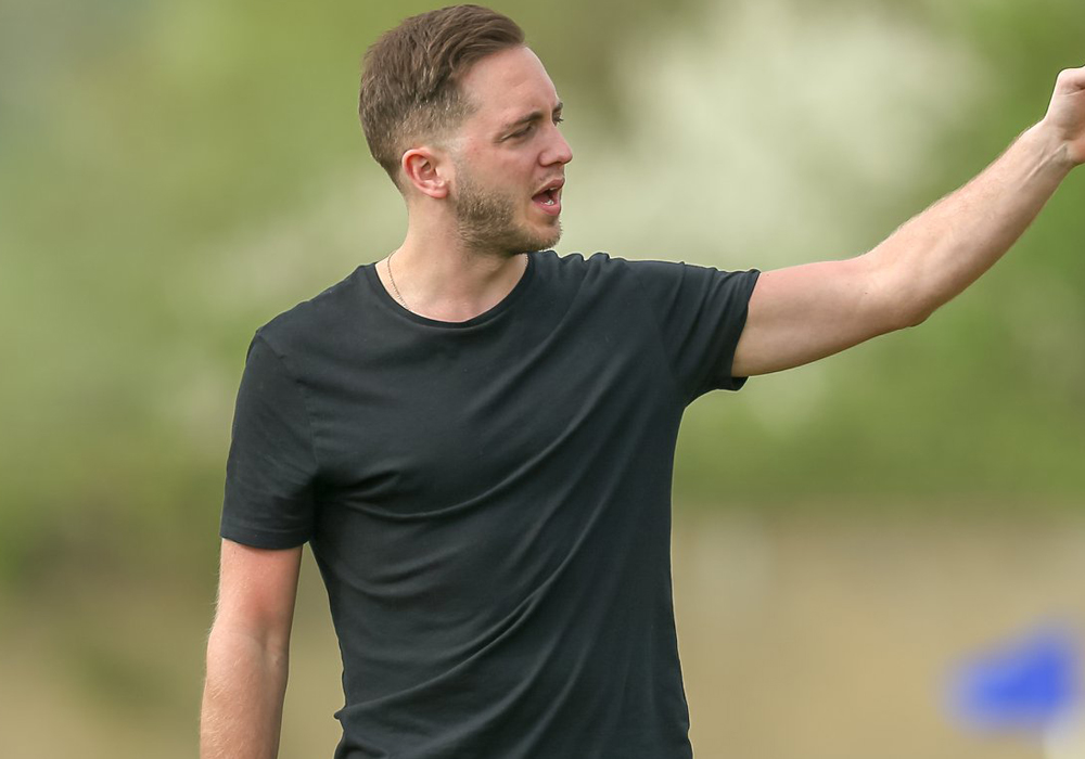 Woodley United manager James Anderson. Photo: Neil Graham.