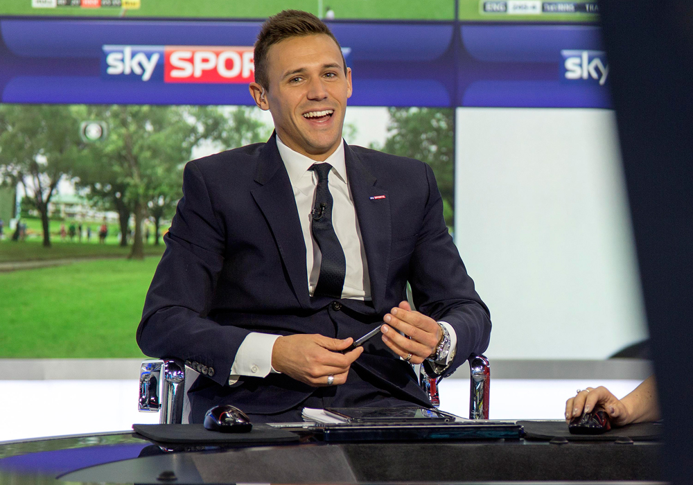 Sky Sports News presenter Tom White will host the 2018 Bracknell Football Awards.