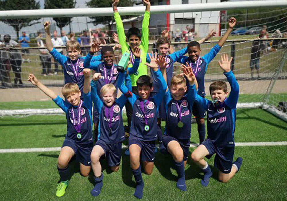 Wokingham District schoolboys are national champions
