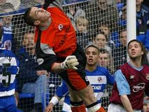 Ex-Portsmouth goalkeeper joins Ascot United coaching staff