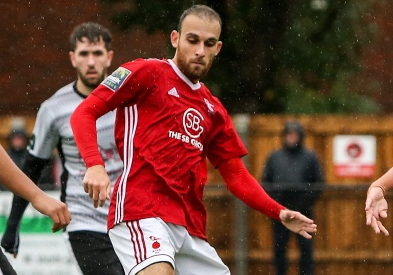 Bracknell Town striker Liam Ferdinand. Photo: Neil Graham.
