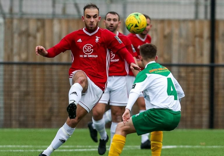 Liam Ferdinand playing for Bracknell Town against Bognor Regis Town. Photo: Neil Graham.