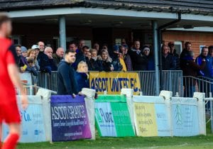 Ascot United supporters at the Racecourse Ground. Photo: Rob Mack/Shooting Stars.
