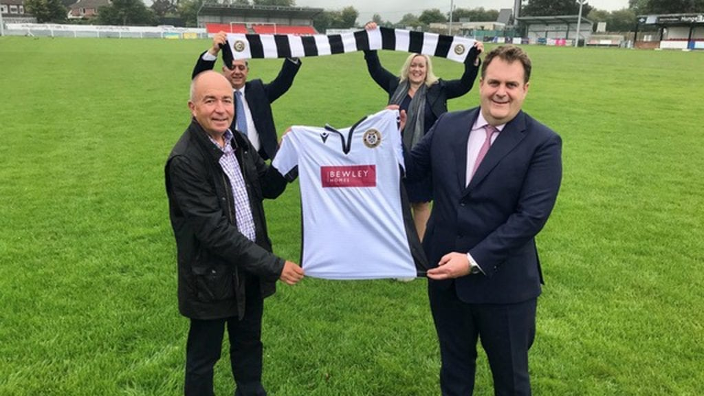 Hungerford Town chairman Patrick Chambers with Andrew Brooks, Managing Director of Bewley Homes. Photo: Rockstone Communications on behalf of Bewley Homes