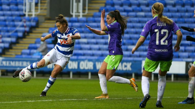 Fara Williams strikes for Reading FC Women. Photo: Neil Graham / ngsportsphotography.com