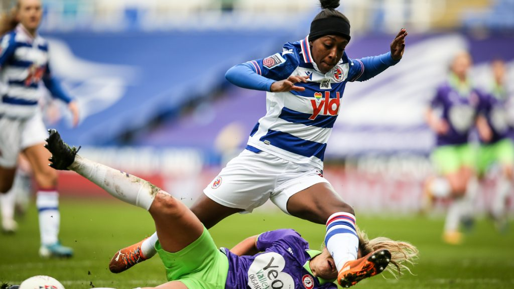 Reading FC Women's Danielle Carter rides a challenge. Photo: Neil Graham / ngsportsphotography.com