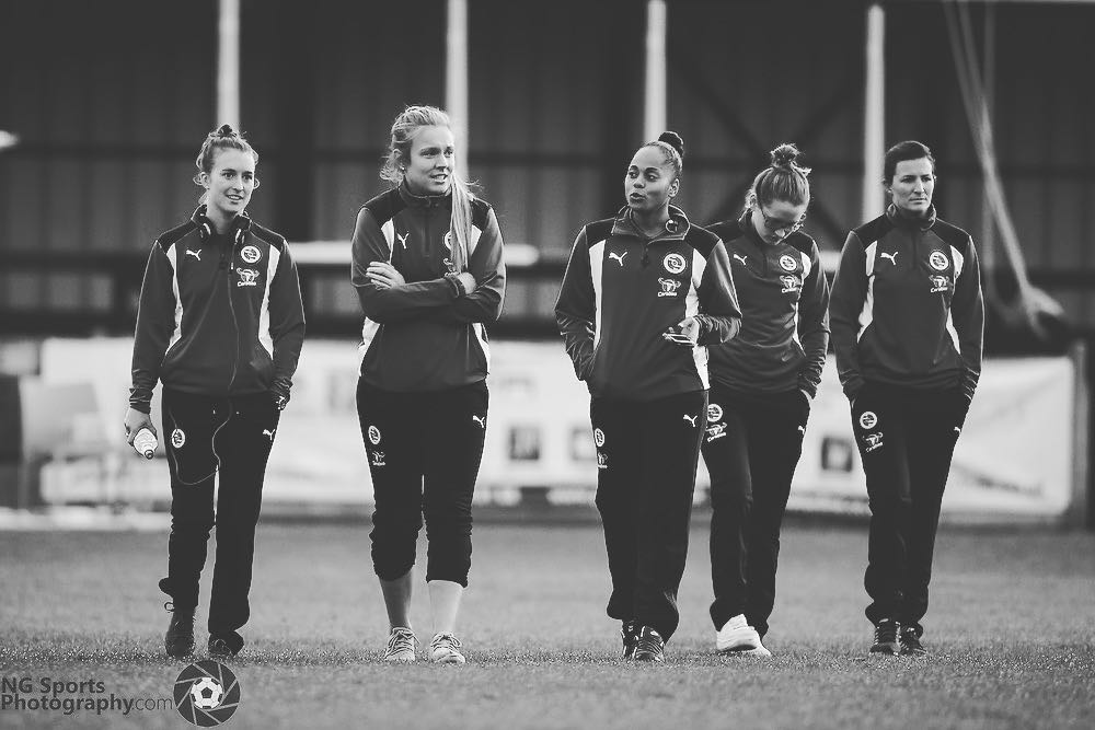 Reading FC Women pre match. Photo: Neil Graham / ngsportsphotography.com