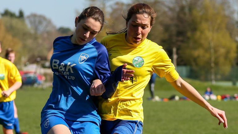 Ascot United v Hawley Ladies Photo: Neil Graham / ngsportsphotography.com