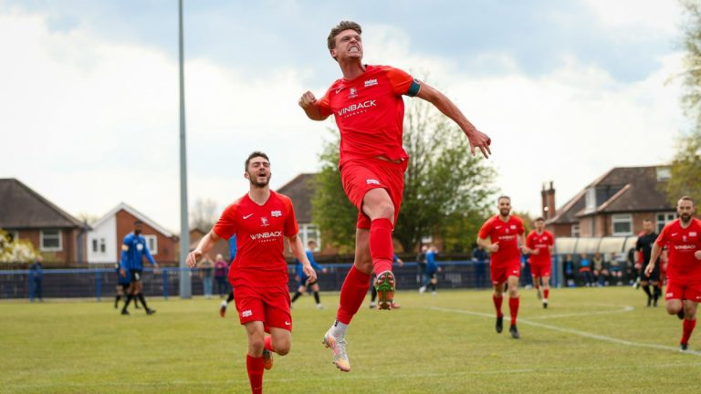 Sean Moore celebrates scoring for Binfield FC. Photo: Neil Graham / ngsportsphotography.com