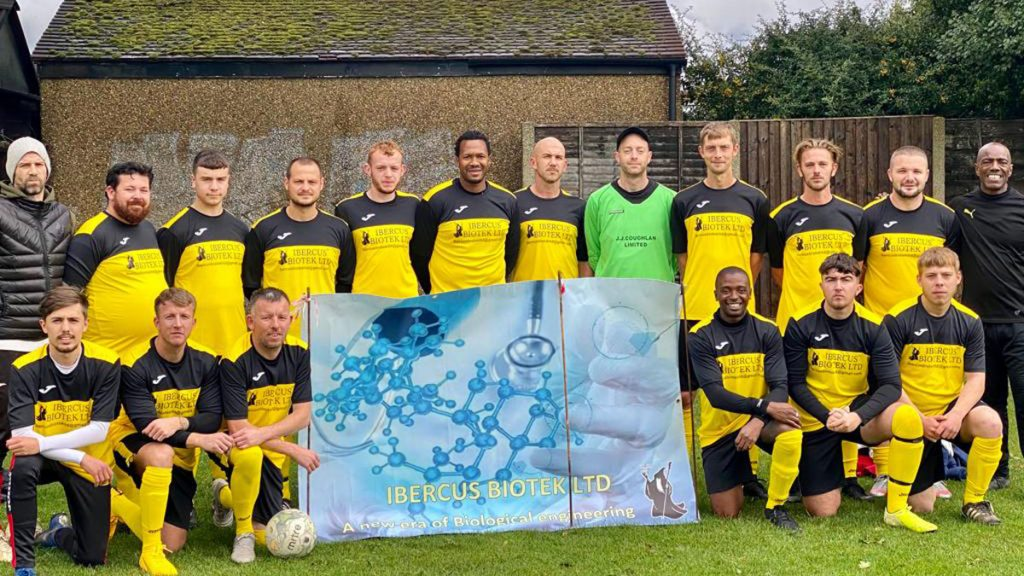The Iver Heath squad. Photo supplied by EBFL.