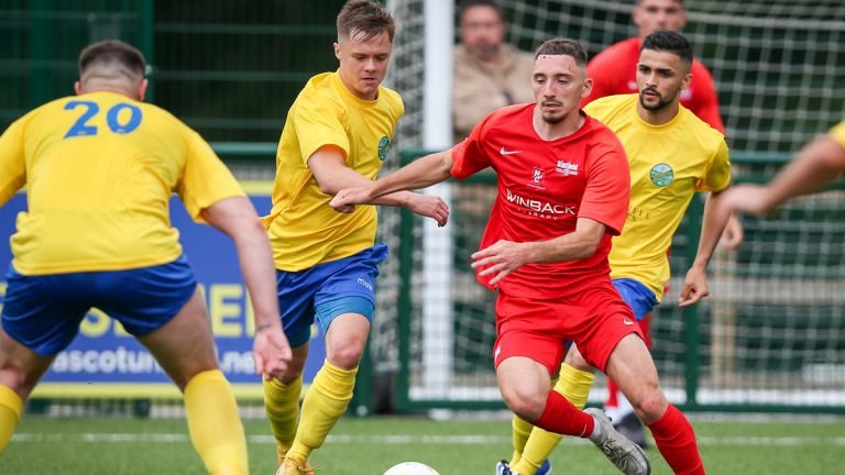Action from Ascot United vs Binfield during pre-season. Photo: Neil Graham / ngsportsphotography.com