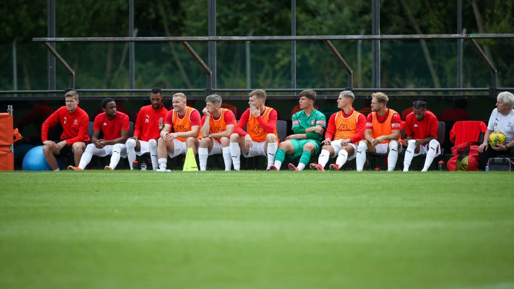 A long bench!. Photo: Neil Graham / ngsportsphotography.com